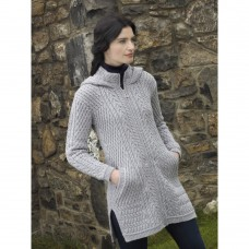 West End Knitwear - lange Damen-Strickjacke aus Merinowolle mit Kapuze
