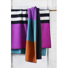 Klippan Blanket For Life Wolldecke mit Streifen
