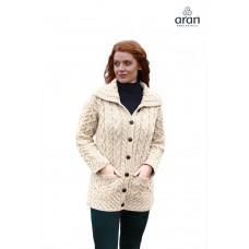 Aran Woollen Mills - Damen-Strickjacke mit großem Kragen, Knöpfen und Taschen