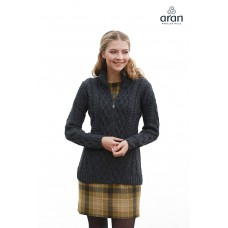 Aran Woollen Mills - taillierte Damen-Strickjacke mit Reißverschluss